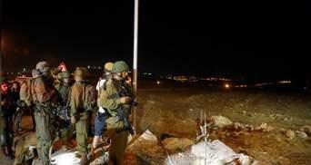 В израильском поселении произошла кровавая резня: палестинец с ножом убил 2 человек