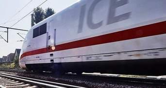 В Германии эвакуировали пассажиров поезда из-за неизвестного вещества