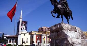 В Климкин говорят, что из Албании украинских туристов уже забрали