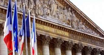Парламент Франции проголосовал за закон против фейковых новостей