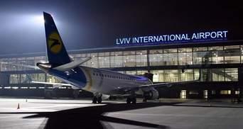 У міжнародному аеропорту Львова затримують чотири рейси одного авіаперевізника: подробиці
