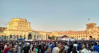 В Ереване масштабной акцией отмечают 100 дней правительства Пашиняна: фото