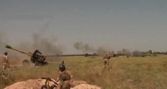 На Херсонщині тривають військові навчання: видовищне відео артилерійських тренувань
