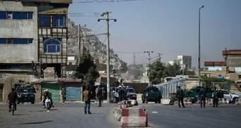 В Кабуле в спортклубе прогремели два мощных взрыва: фото 18+
