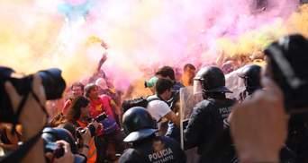 Независимость Каталонии: в Барселоне произошли столкновения с полицией