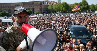 Протесты в Армении: премьер пообещал уйти в отставку ради досрочных выборов