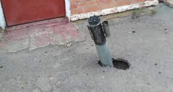 Снаряди посеред вулиць: наслідки вибухів біля Ічні показали на моторошних фото і відео