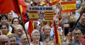 У Барселоні пройшли багатотисячні марші проти від'єднання від Іспанії