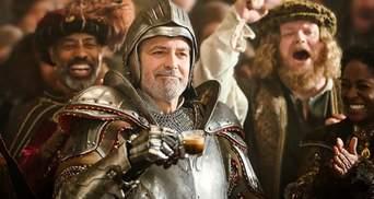 """Джордж Клуні став лицарем з """"Гри престолів"""" у новій рекламі: дотепне відео"""