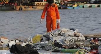 В Индонезии разбился пассажирский самолет Boeing 737 на борту которого находилось 189 человек