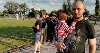 """Проломили голову и сломали челюсть: на активиста """"Нацдружины"""" совершили нападение в Павлограде"""