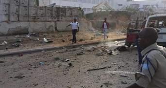 Теракт в Сомали: число жертв взрывов превысило 50 человек; фото 18+