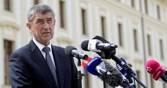 Прем'єр Чехії після гучного скандалу не збирається йти у відставку