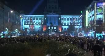 """""""Мафію на шибеницю"""": багатотисячні протести у Чехії"""