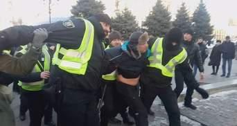 Через кілька годин після затримання помічника Савченко відпустили
