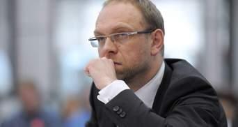 """""""Батьківщина"""" буде контролювати законність дій президента під час воєнного стану, – Власенко"""