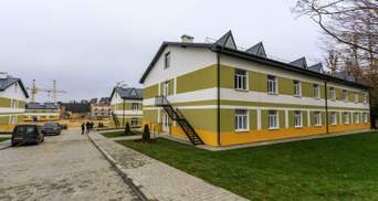 184 общежития: у Порошенко отчитались о темпах сдачи нового жилья для военных