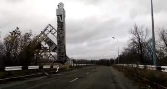 """Якою сьогодні є """"мертва зона"""" окупованого Донецька: приголомшливі кадри"""