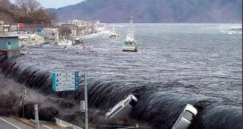 В Індонезії цунамі змило в океан кількасот людей: моторошні деталі трагедії