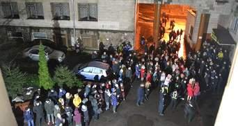 В Ровненском общежитии произошел масштабный пожар: фото