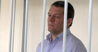 Политзаключенного Сущенко переместили в карцер и издеваются