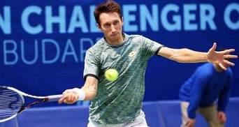 Сергей Стаховский уступил в первом круге на турнире в Катаре