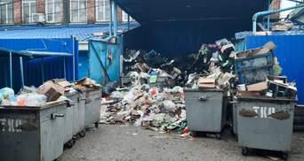 Начало года от оккупантов: появились фото заваленной мусором Керчи
