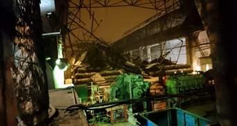Манна небесна: терористи влаштували розбірки на віджатих заводах