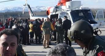 В Украине вернулись 7 моряков затонувшего у Турции судна