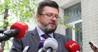 Адвокат обвиняемого в госизмене Вышинского заявил об обысках в своем доме: детали