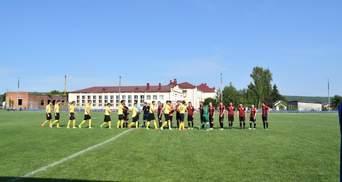 """""""Укрлендфармінг"""" підтримує футбольні команди в регіонах"""