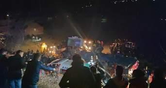 У Північній Македонії автобус на швидкості вилетів у яр: 14 загиблих і більше 30 поранених