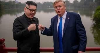 У В'єтнамі двійники Трампа та Кім Чен Ина розгулювали містом та давали інтерв'ю: фото