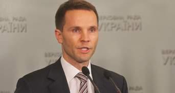 Можливі злочини Порошенка може розслідувати лише Рада через процедуру імпічменту, – Дерев'янко