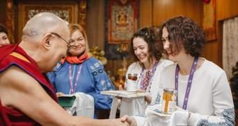 Воюйте, але з любов'ю в серці, – з'явились фото знакової зустрічі українців із Далай-ламою