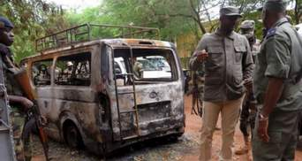 """Неизвестные в охотничьих костюмах убили 134 жителя Мали: местные подозревают """"Аль-Каиду"""""""
