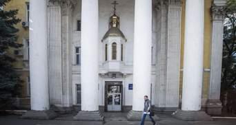 Окупанти виганяють із Криму Православну церкву України