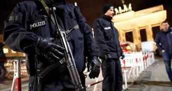 Десятьох ймовірних терористів заарештували у Німеччині