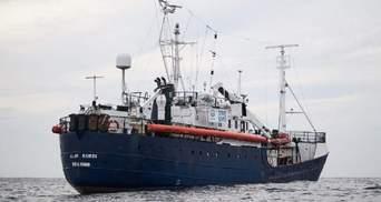 У Європі занепокоєні через судно з голодними мігрантами