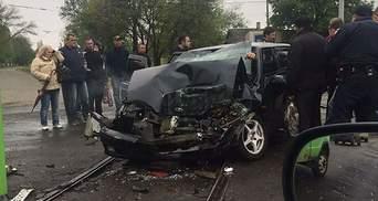 В Краматорске авто с военными влетело в маршрутку, есть жертва: фото