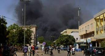 У Буркіна-Фасо невідомі напали на людей у церкві: є загиблі