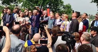 """Вакарчук представив ще двох членів його партії """"Голос"""""""