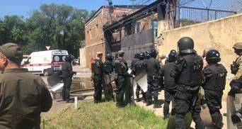 Під час бунту в одеській колонії постраждали 13 працівників