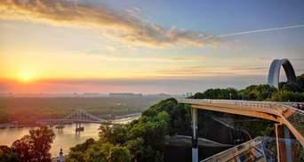 """Під """"мостом Кличка"""" хотіли збудувати готель з розважальним комплексом: що відомо"""