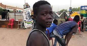 Протести у Судані: кількість загиблих збільшилась вдвічі – фото, відео