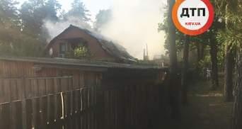"""Згорів будинок під Києвом, де знімали серіал """"Свати"""": фото"""