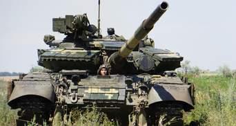 Українські військові провели танкові навчання поблизу лінії зіткнення: ефектні фото