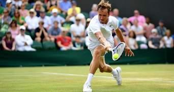 Российский теннисист устроил истерику на Уимблдоне, его оштрафуют на круглую сумму: видео