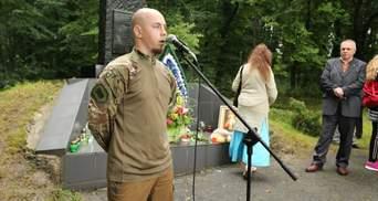 На Хмельниччині з ножем напали на кандидата у нардепи: політик звинувачує екс-регіонала Герегу