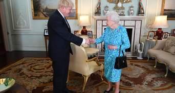 Єлизавета II призначила Бориса Джонсона прем'єр-міністром Великобританії: промовисті фото